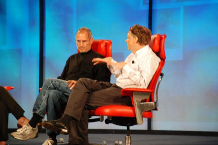 Bill Gates Versus Steve Jobs