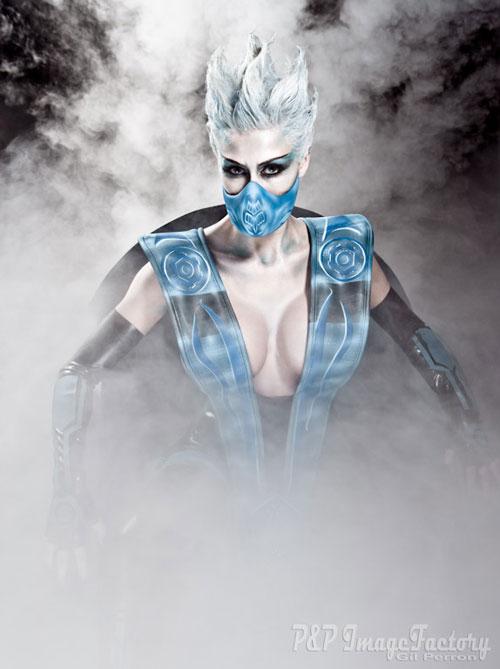 Mortal Kombat Frost Cosplay